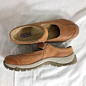 Flat Tire Sz 7 37 Leather Slip On Flat Shoes Mary